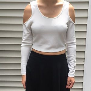 Tobi long sleeved crop top